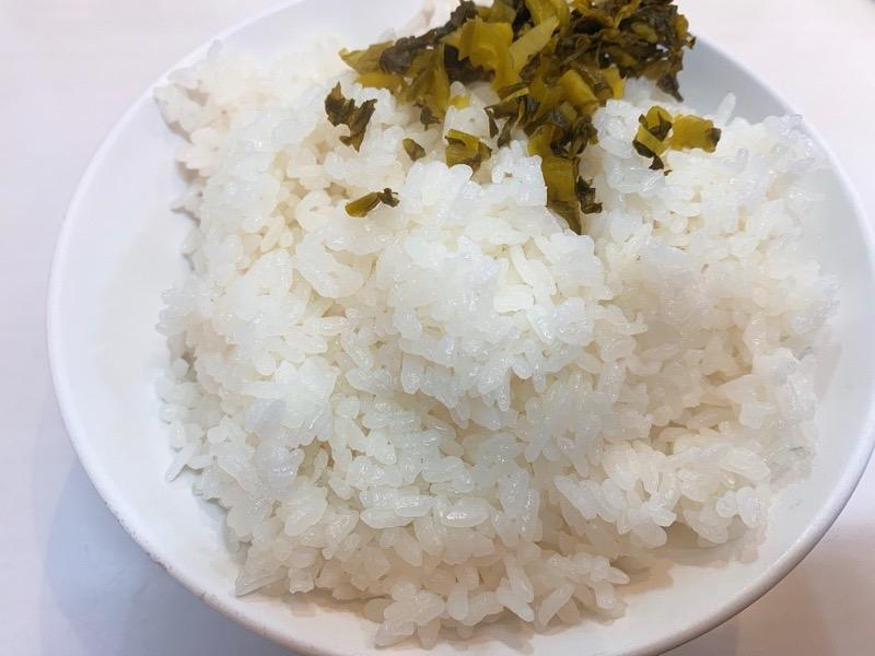 黒崎「エビス屋」のごはんと高菜